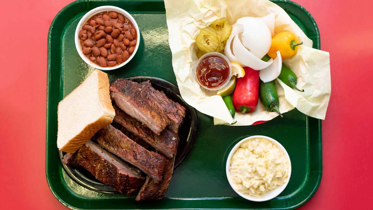 BBQ Plate W/ 1 Meat