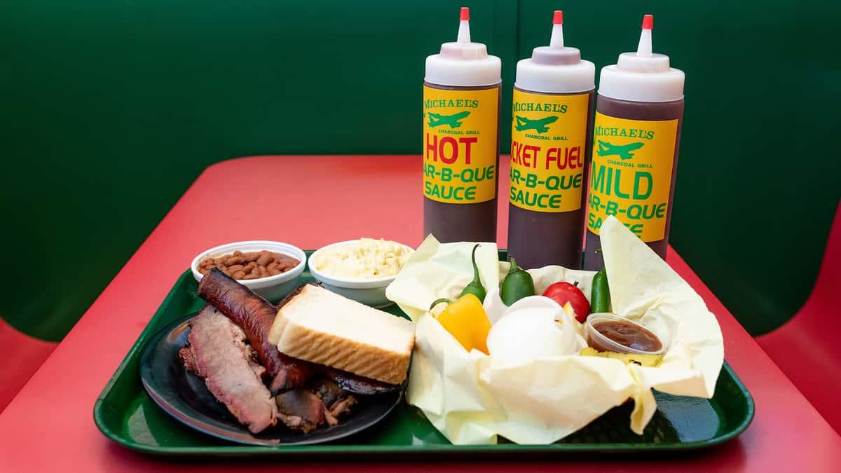 BBQ Plate W/ 2 Meats