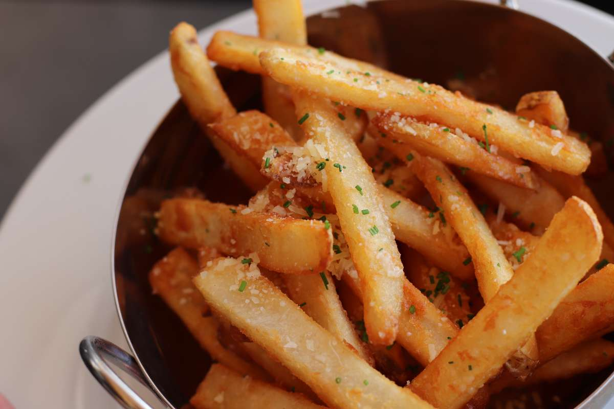 Truffle Garlic Fries