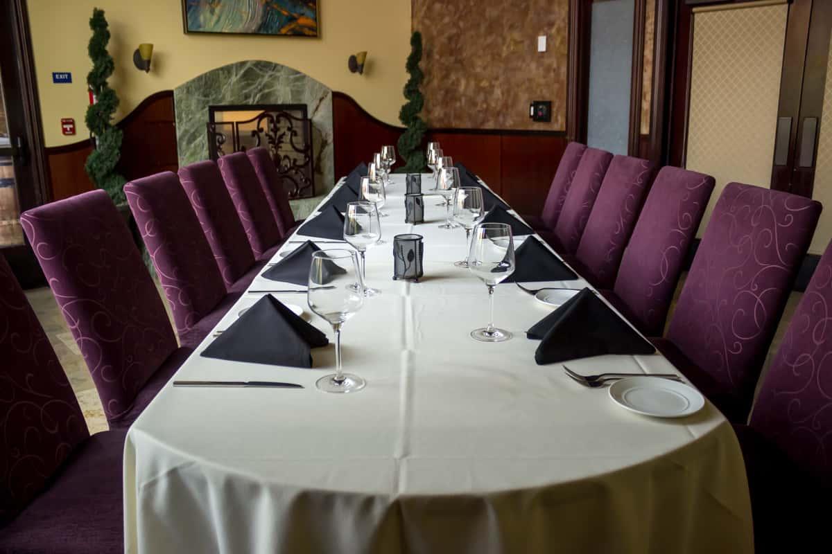 napa room long table