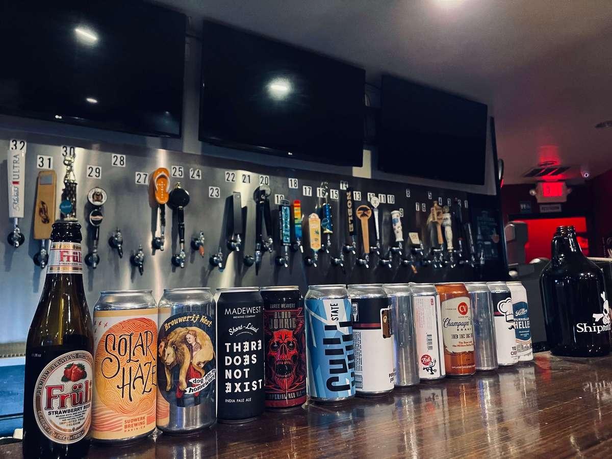 Shipmates Bar