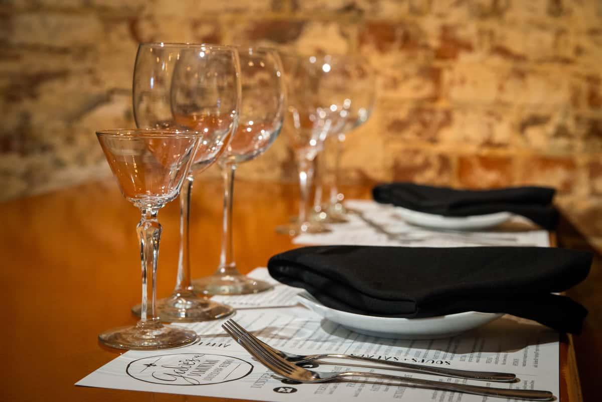 Dining Table Arrangement