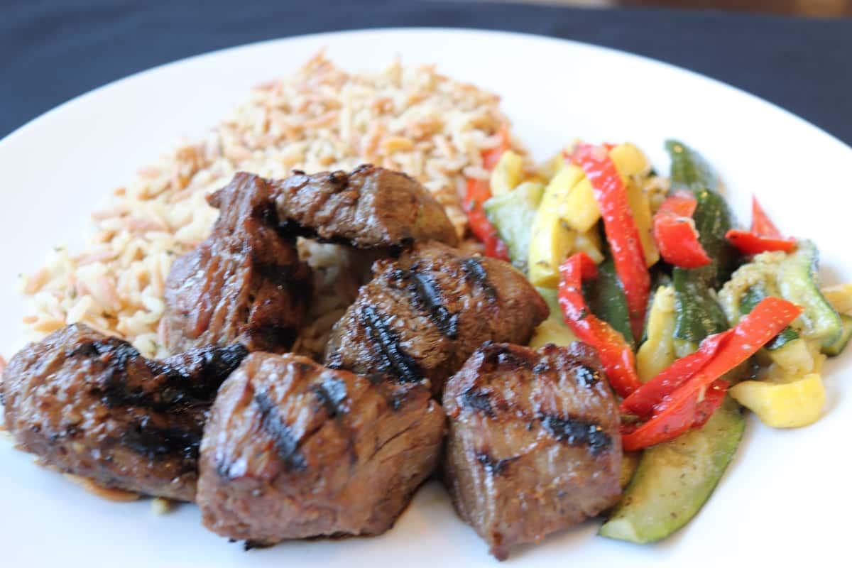 Grilled Steak Tip Entrée