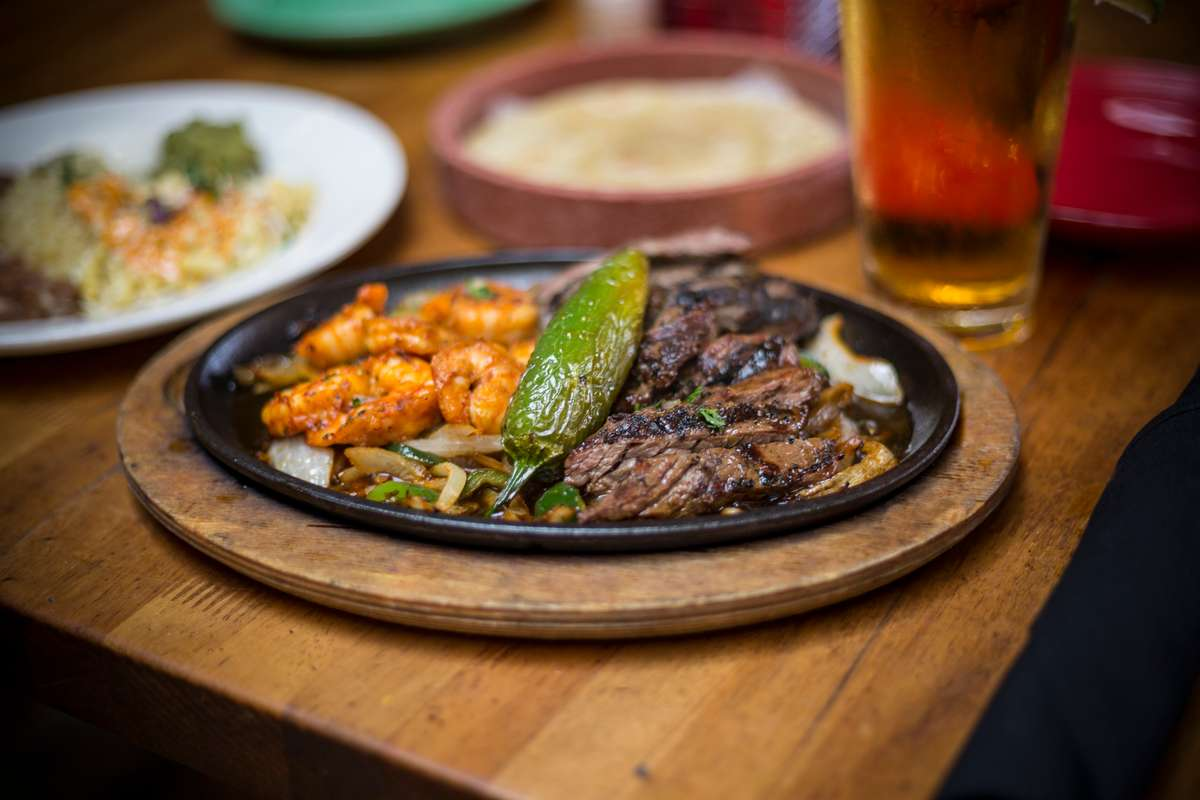 Sizzling Iron Skillet Tacos Al Carbon