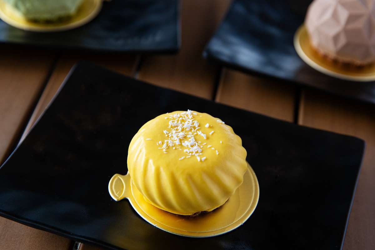 Mango Mousse with Coconut