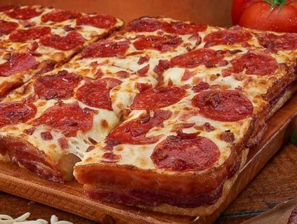 Sicilian Pizza (Deep Dish) 12 Square Slices