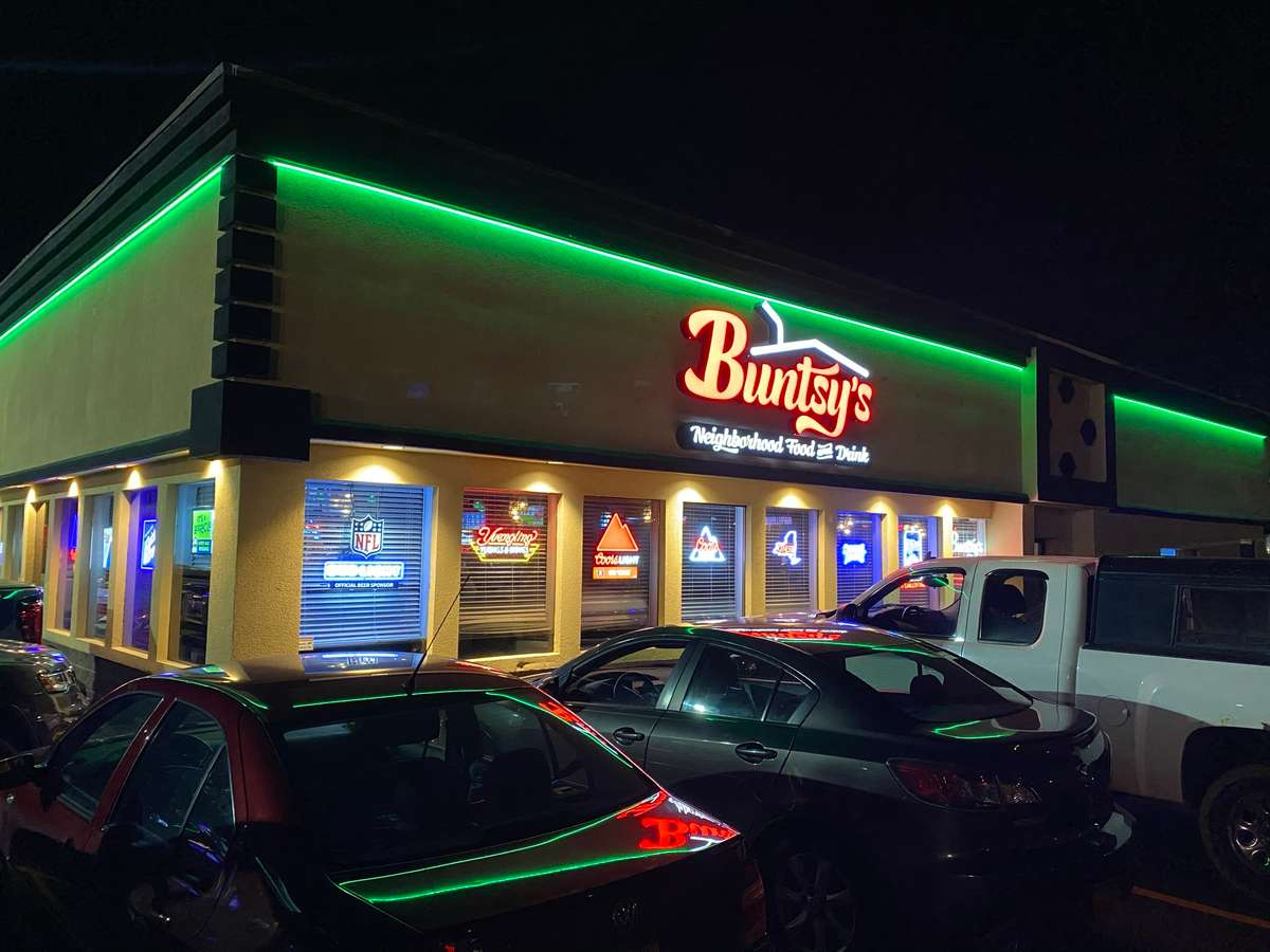 Bunty's Bar and Sports Bar