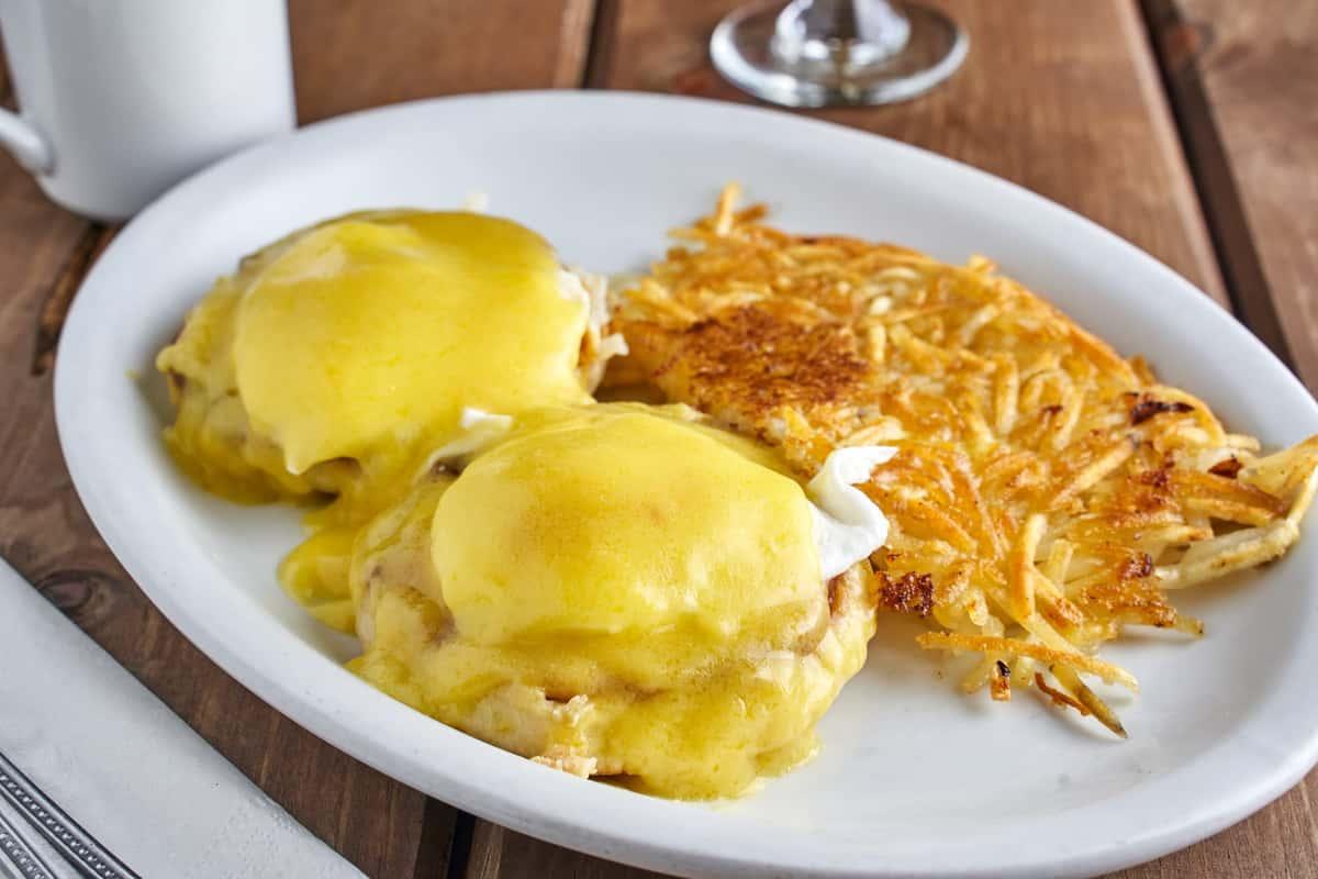 †Eggs Benedict