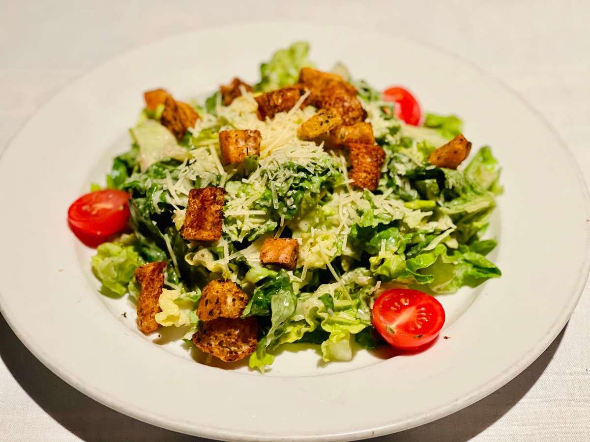 Traditional Caesar Salade