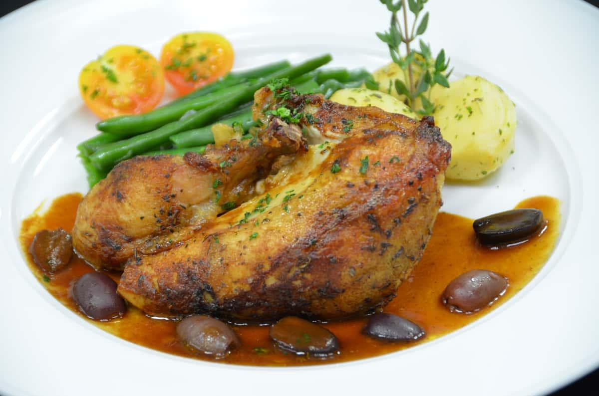 Poulet Rôti aux Olives Niçoise