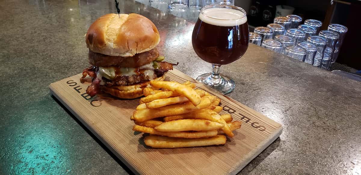 Snoqualmie Burger