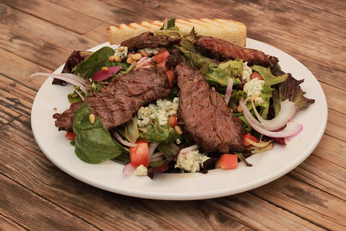 7th St Steak Salad