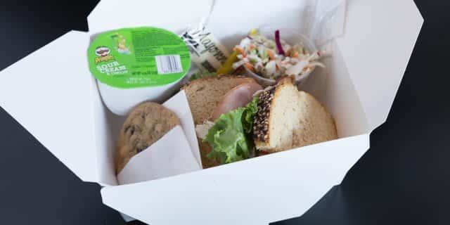 Honey Ham & Cheddar Boxed Lunch