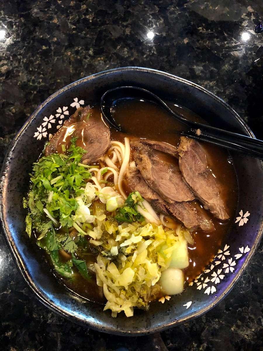 Taiwanese Beef Noodle Soup 台式紅燒牛肉麵