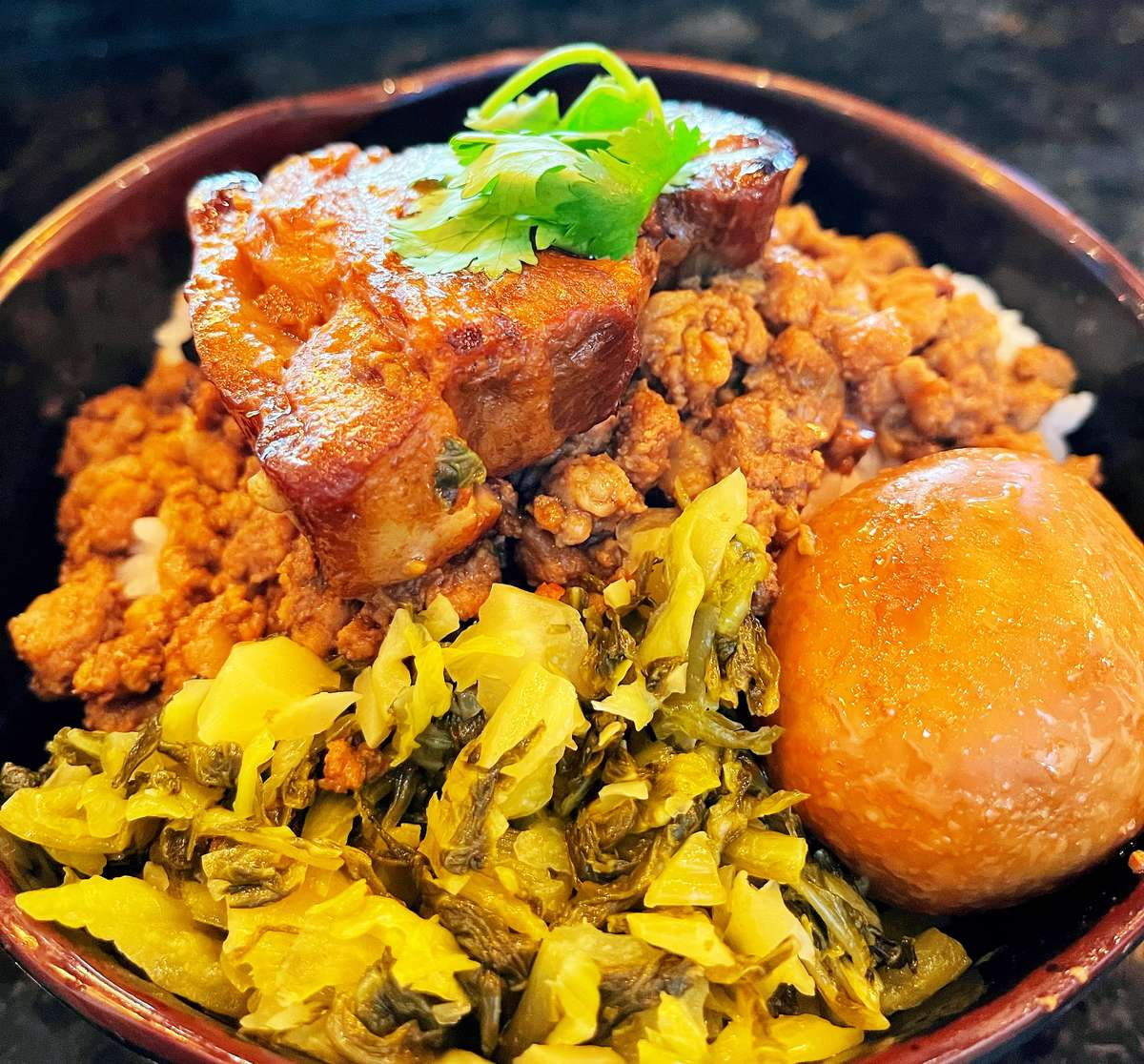 Stewed Pork Belly Over Rice (台式控肉飯)