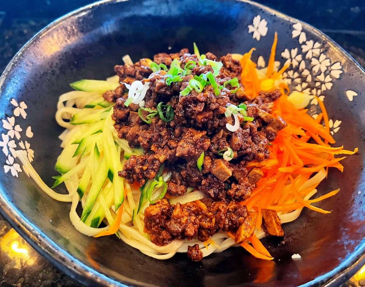Soy Bean Paste Noodle (台式炸醬麵)