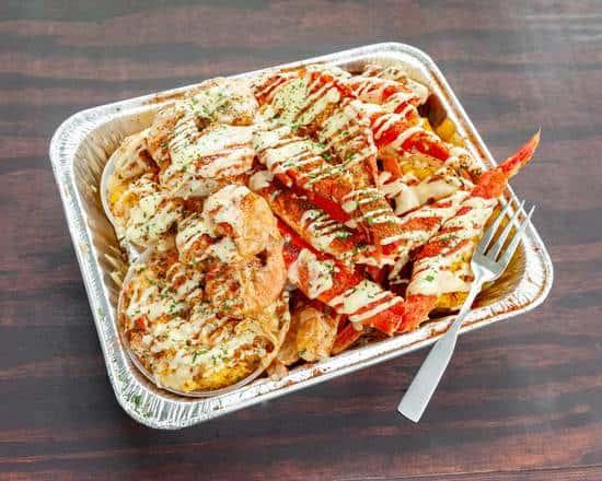 Q's Cracking King Crab Platter