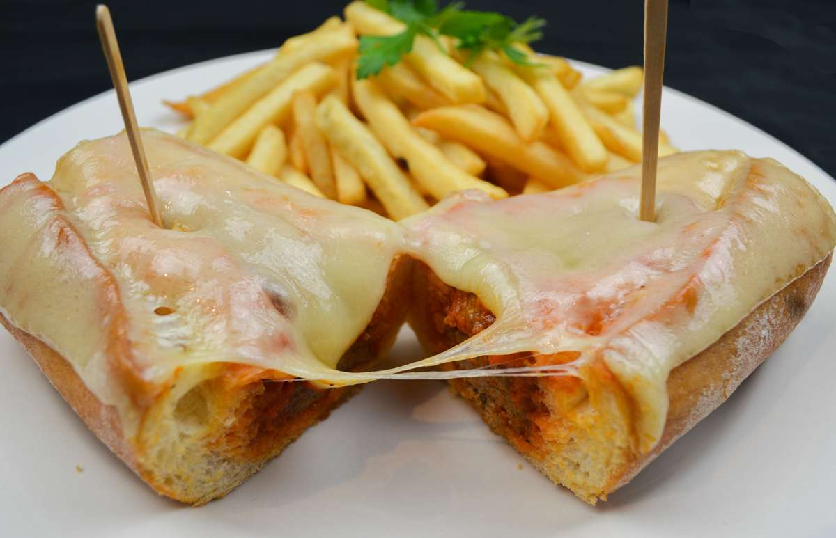 Albondiga Sandwich