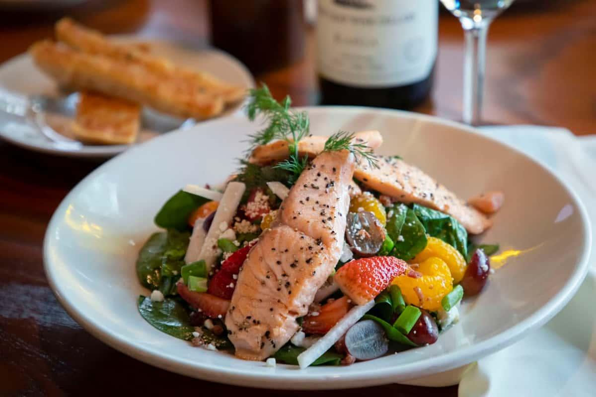 Salmon-Spinach Salad