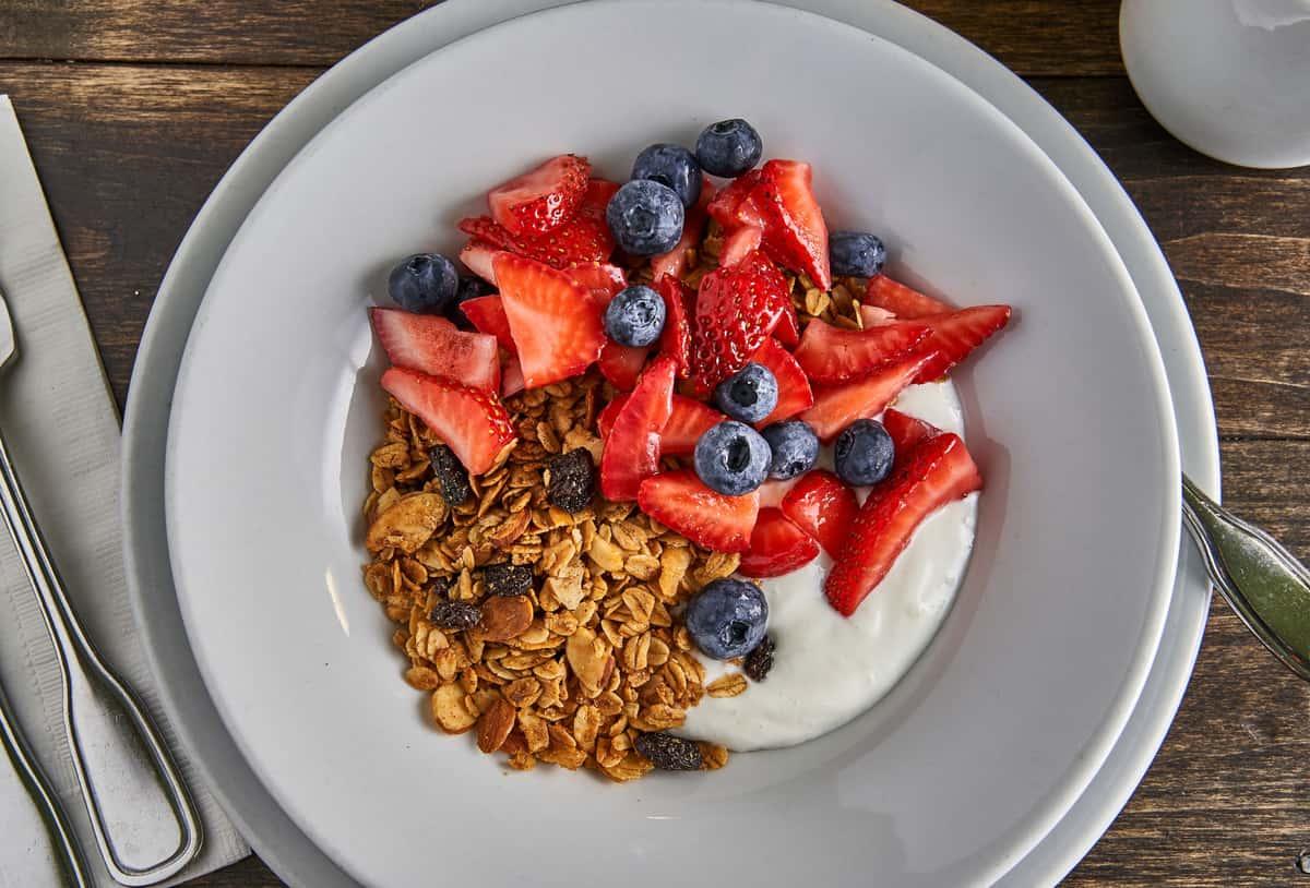 Homemade Granola & Organic Greek Yogurt