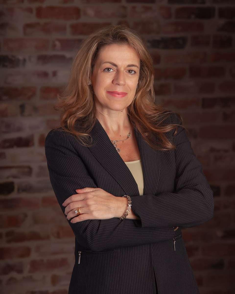 Gina Manzo
