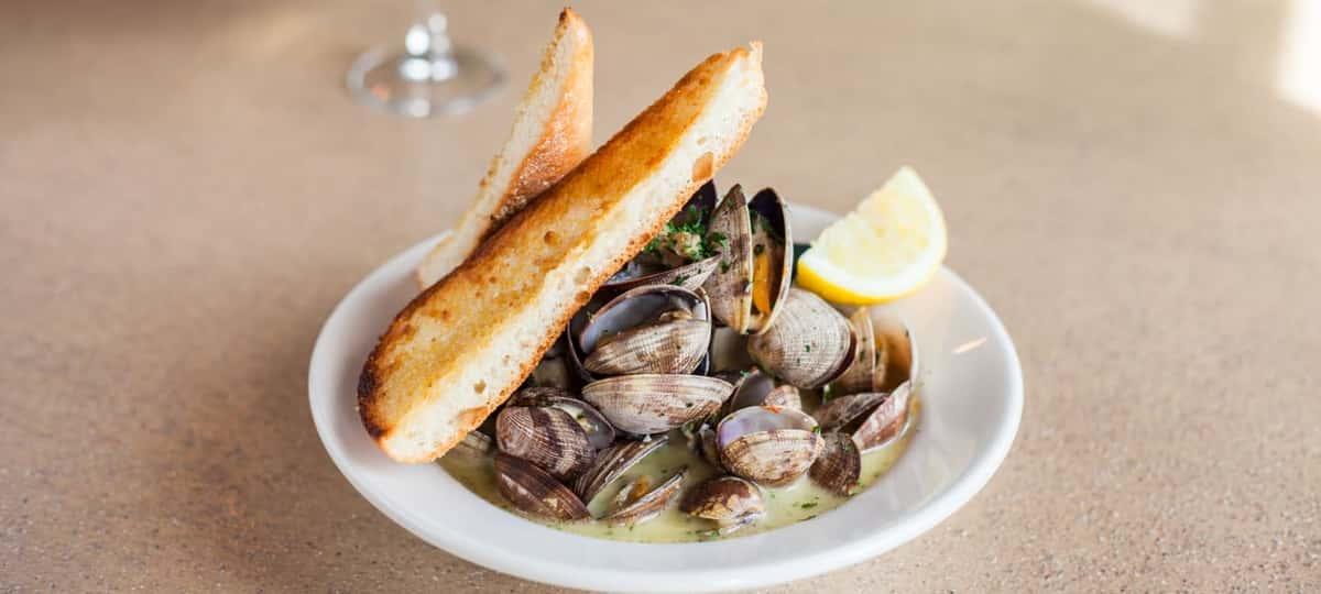 steamed manila clams