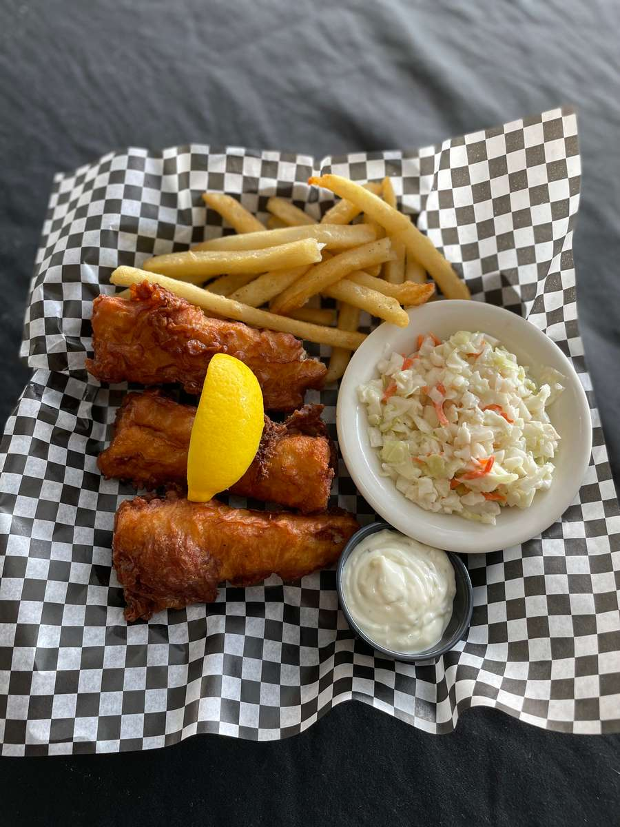 Black and Tan Fish-n-Chip Basket