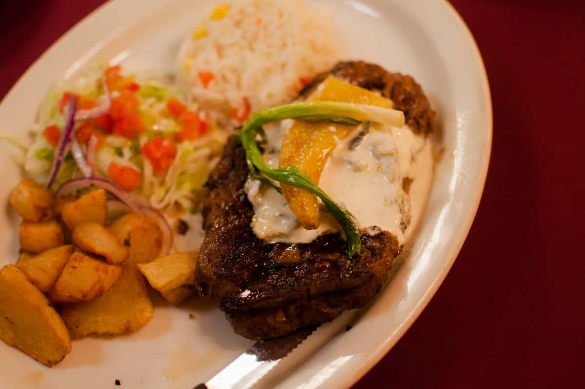 Ribeye Steak Con Rajas