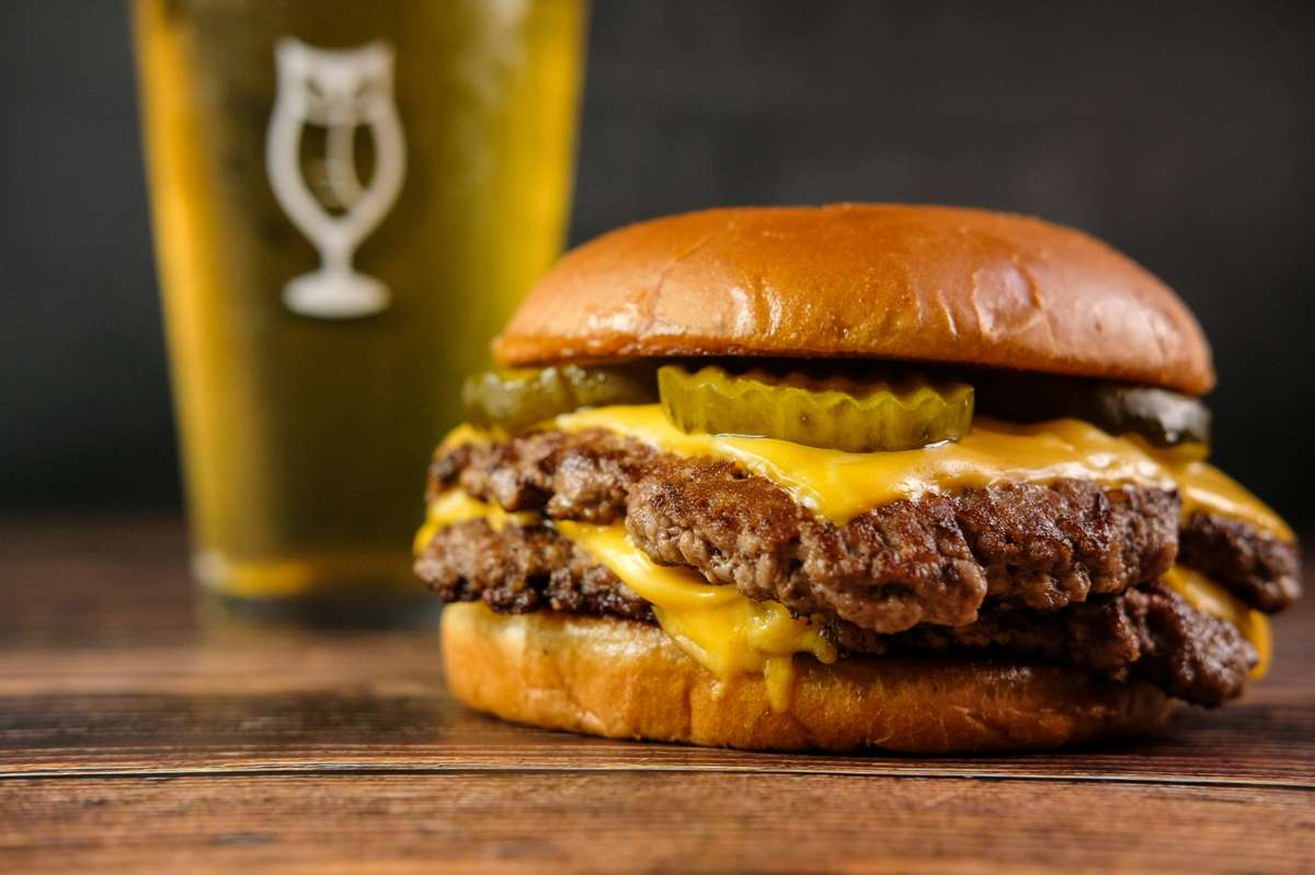 Burger (Limited Availability)