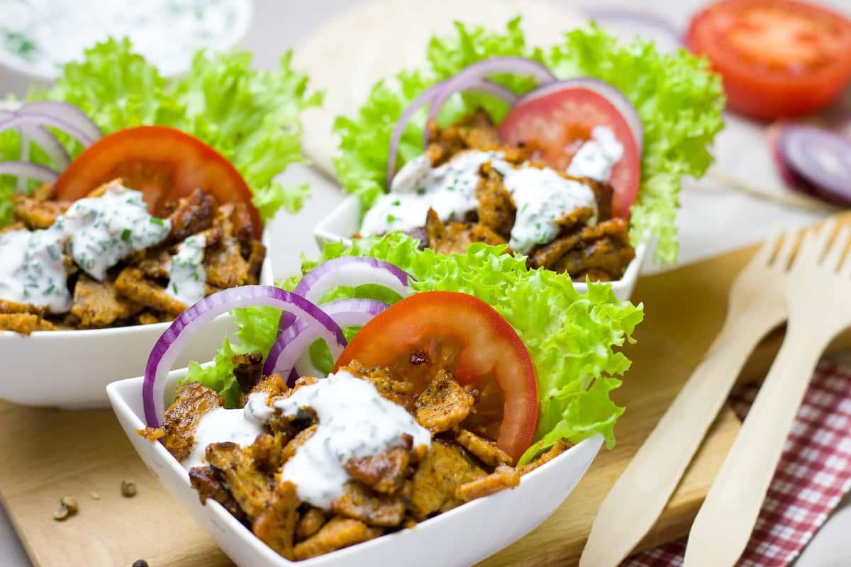 Kebab meat, tomatoes, lettuce, onion