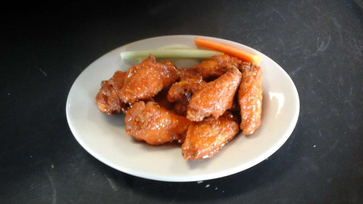 50-Cent Wings
