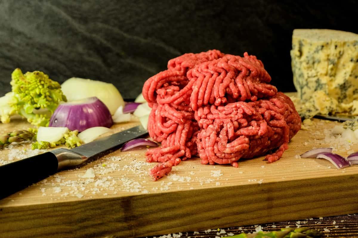 Ground Beef (80/20) - Ground Fresh Daily