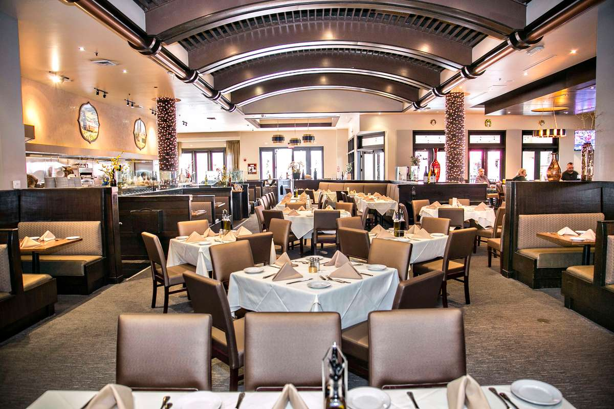 full restaurant 2