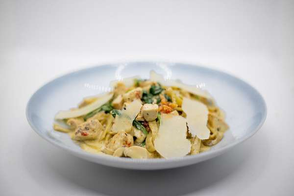 Chicken and Spinach Tagliatelle