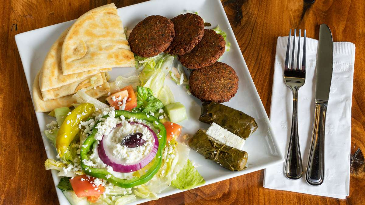 FALAFEL PATTY PLATE