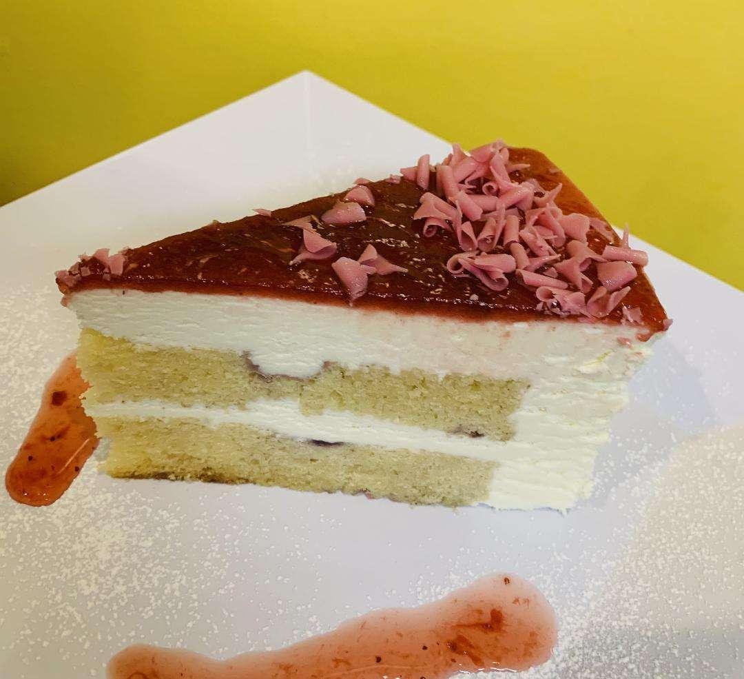 Lemon-berry Mascarpone Cake