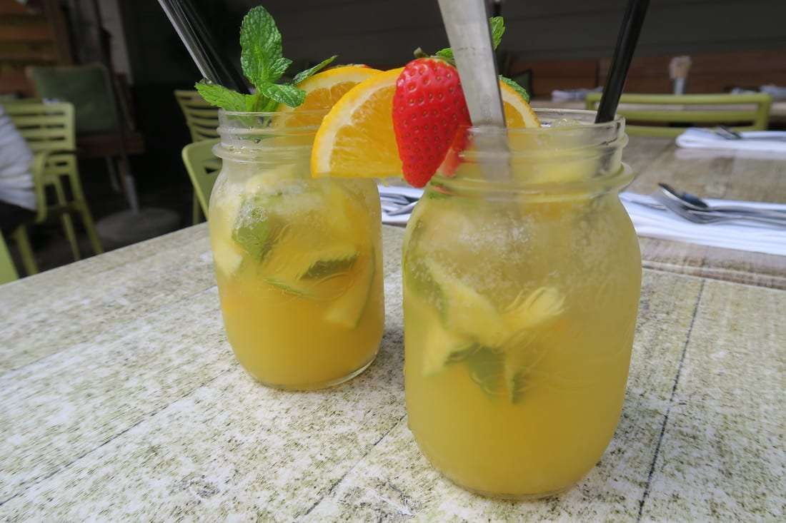 Lemon-Thyme Spritzer