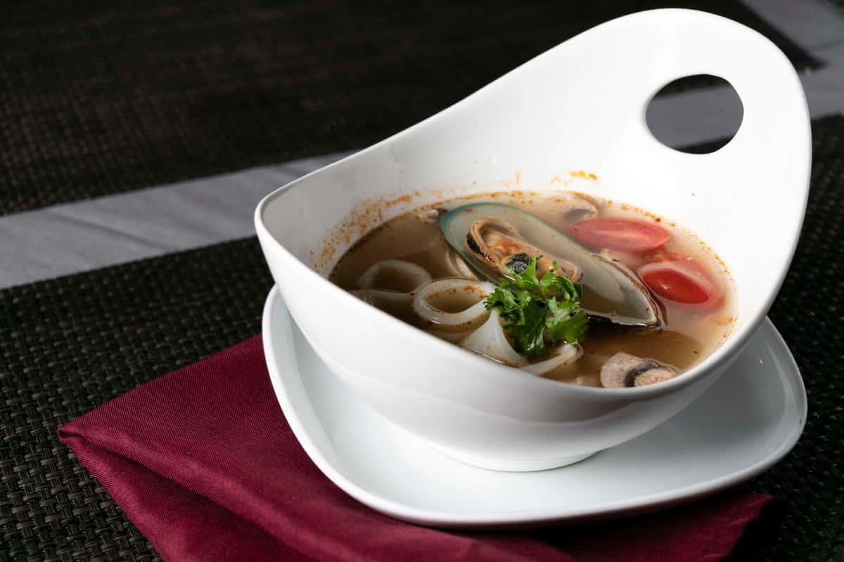 Po-Tak* (Seafood Soup)