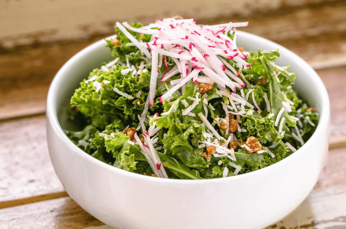 Cai Xoan • Kale Salad