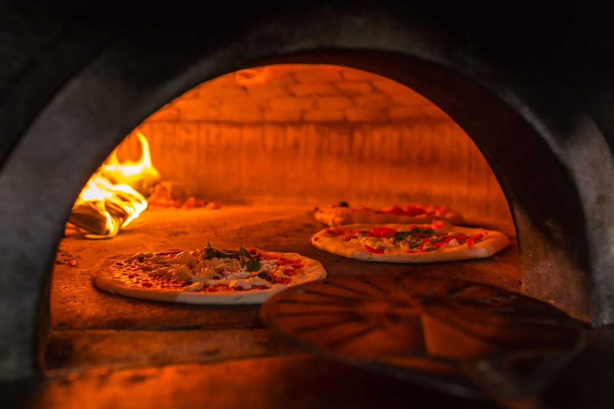 Who Invented Pizza - The History of 'Za