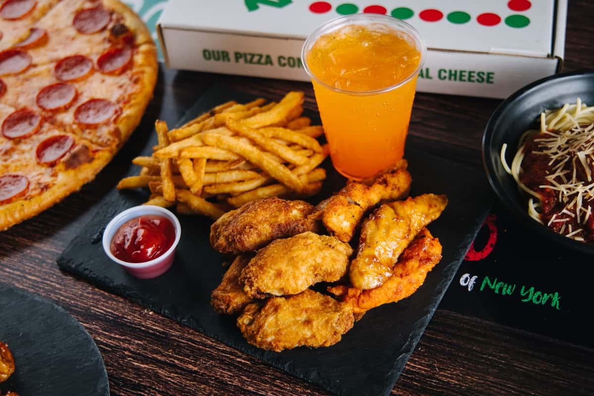 10 Wings, Fries & Drink