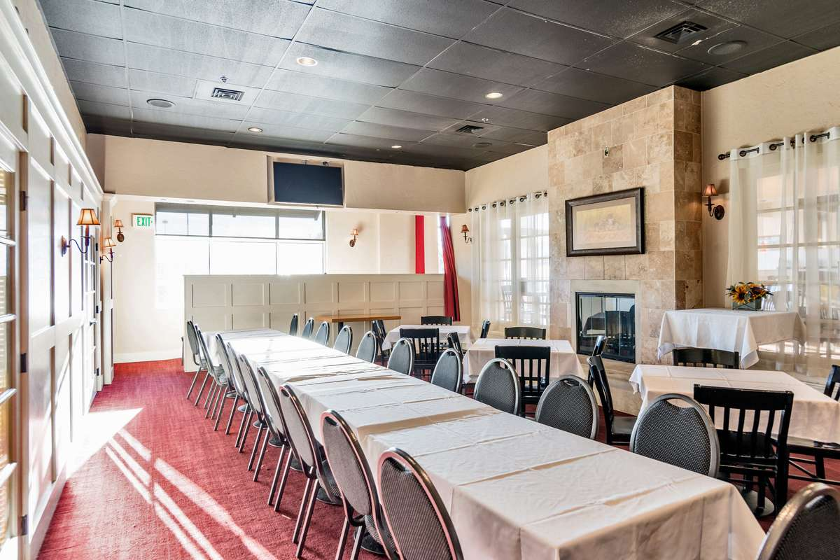 Banquet Room 1