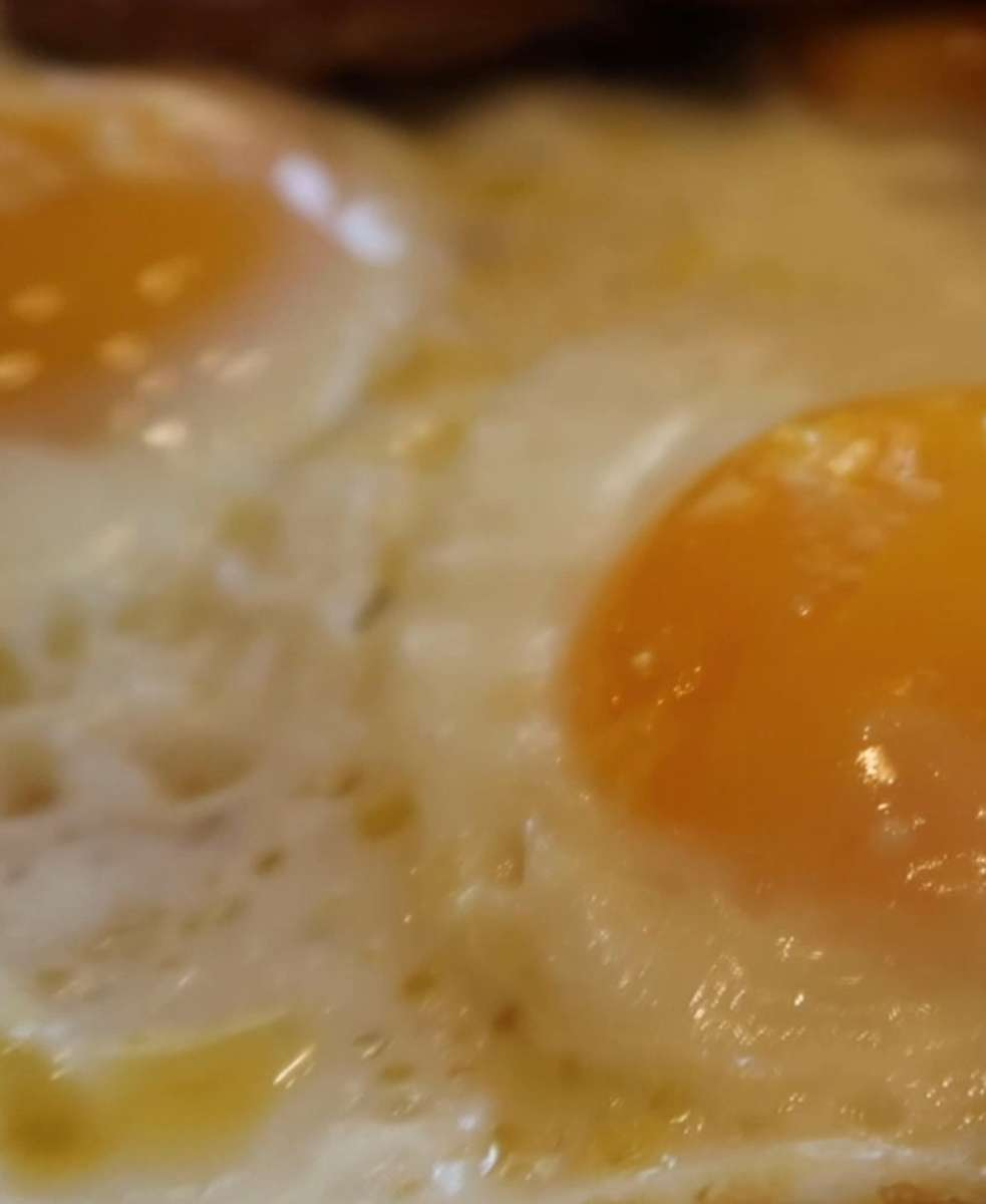 2 Eggs Any Style