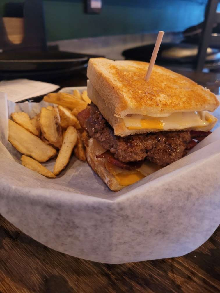 Grilled Cheese Burger (Burger of the Month)