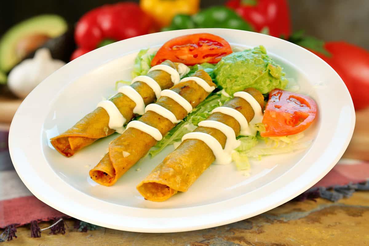 #33 Tacos Dorados