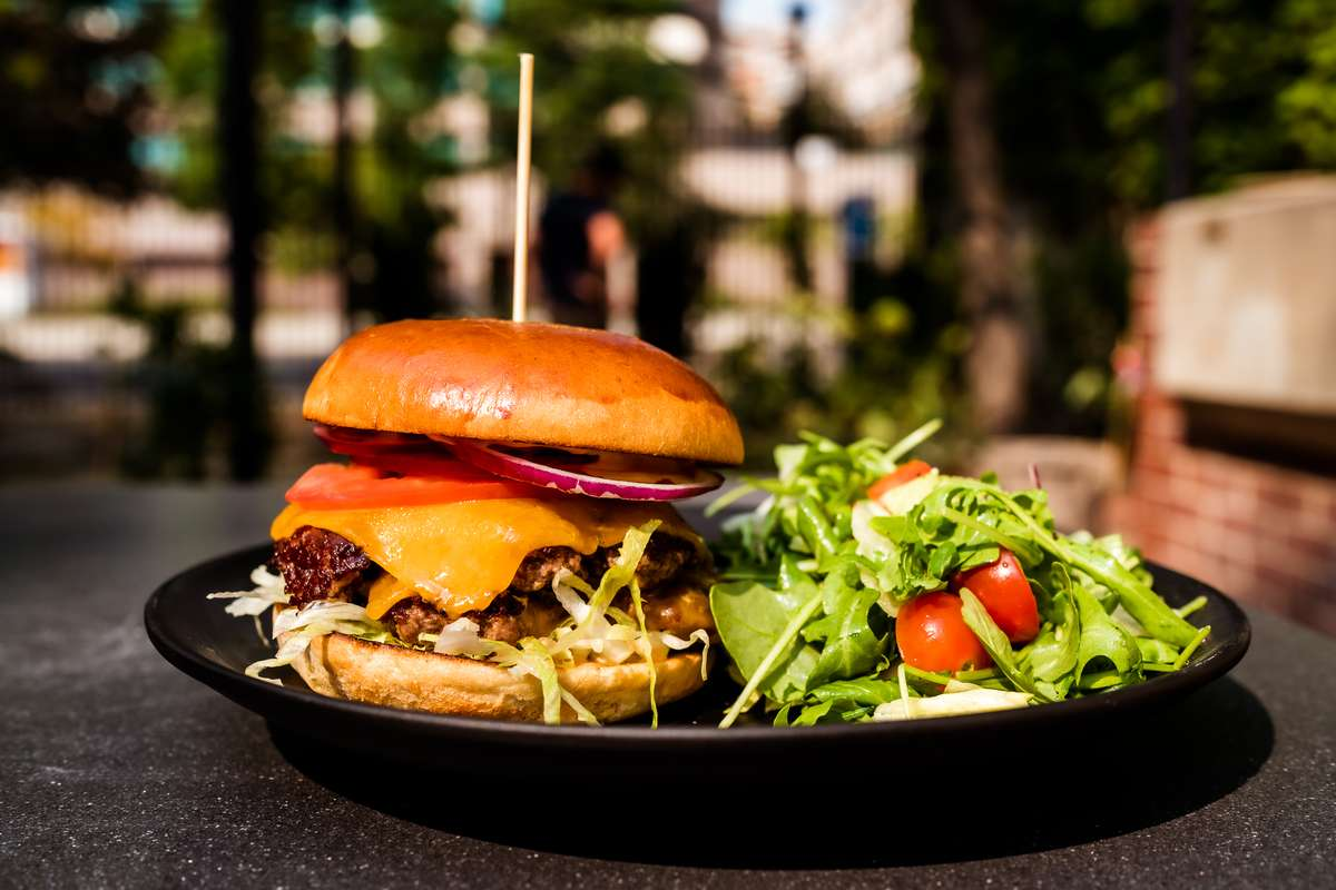 Classic Americana Burger
