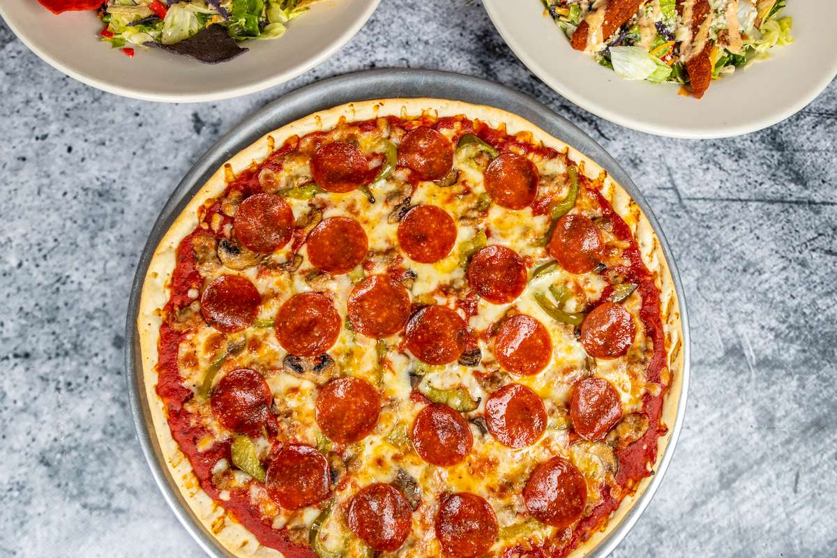"16"" Thin Crust Pizza"