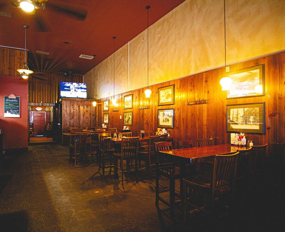 Rainier Bar & Grill dining room