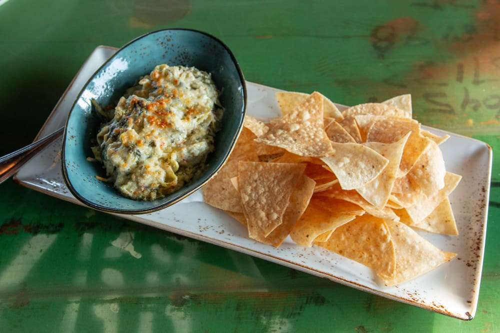 Spicy Artichoke Dip with Chips