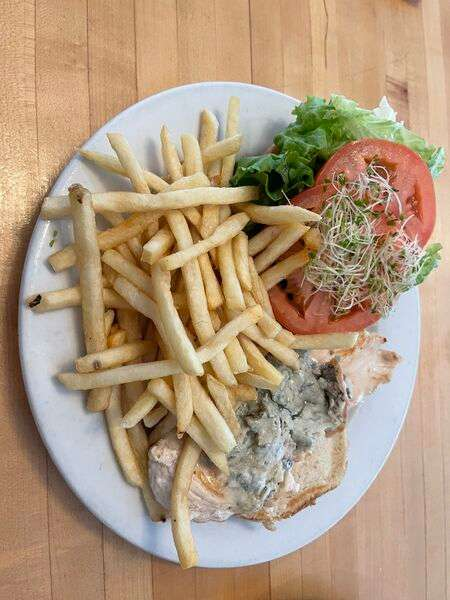 Grilled Chicken and Gorgonzola Melt